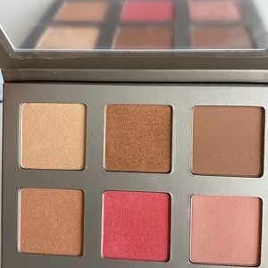 *NEW* ICONIC London Blaze Chaser Face Palette